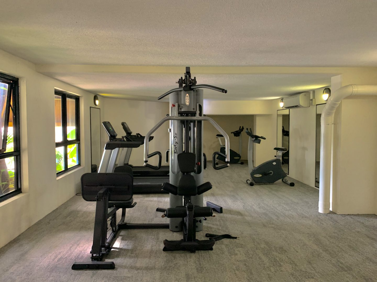 Fitness-facilities-at-Blue-Horizon-Airlie-