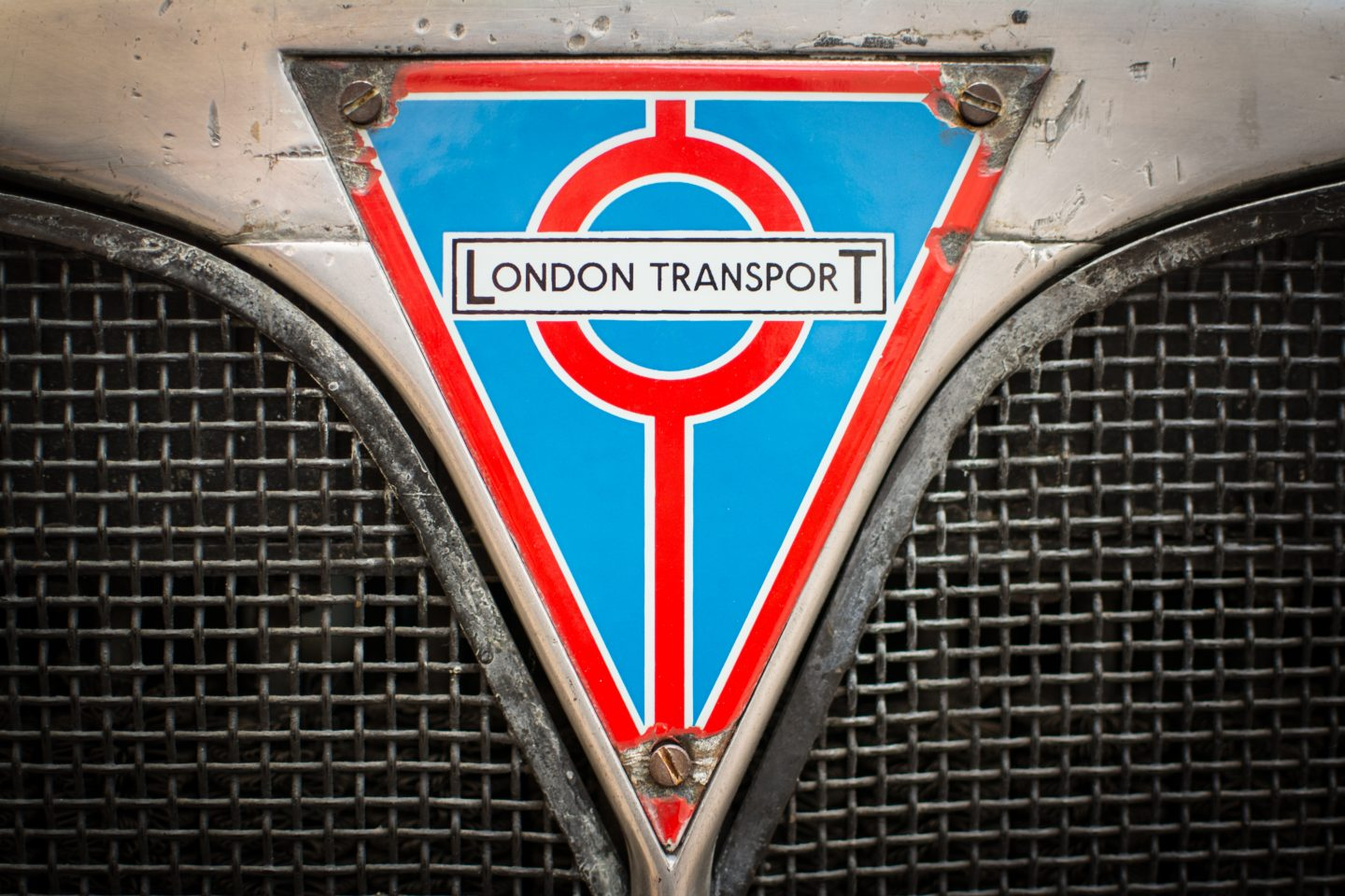 TRANSPORT THE CHEAPEST WAY TO TRAVEL IN LONDON